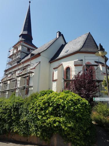 Kirche Detzem 3